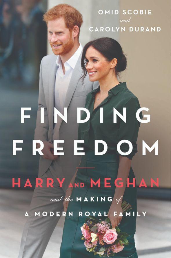 Hôm nay, kỷ niệm 2 năm ngày cưới, vợ chồng Meghan Markle đang ở trong tình trạng không thể tệ hơn, có quá nhiều thứ đã thay đổi - Ảnh 4.