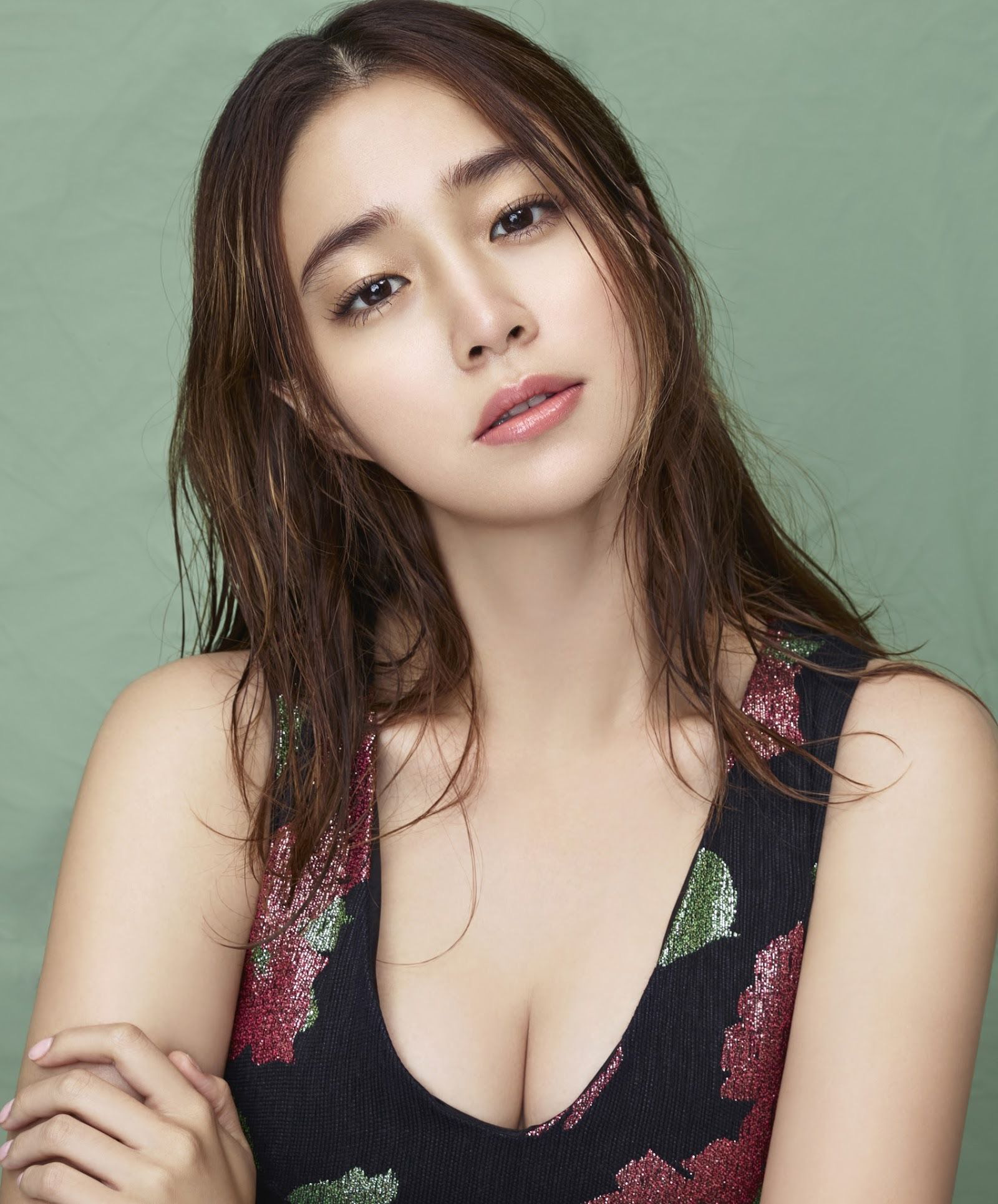 10 diễn viên Kbiz xuất thân trâm anh thế phiệt: Tài tử The Heirs giàu nứt khố đổ vách, Siwon là hậu duệ vua Hàn Quốc - Ảnh 3.