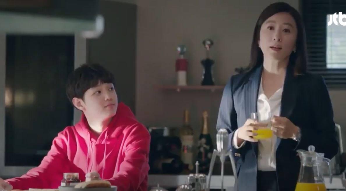 Hot mom Hà Trang: Phim Thế giới hôn nhân - một câu chuyện khác ngoài hôn nhân khiến người làm mẹ cần suy nghĩ - Ảnh 1.