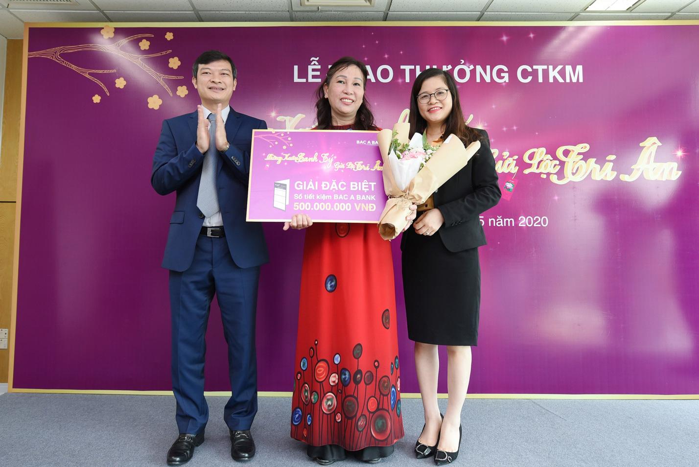 """Ngân hàng Bắc Á chúc mừng khách hàng trúng thưởng CTKM """"Mừng Xuân Canh Tý - Gửi lộc tri ân"""" - Ảnh 3."""