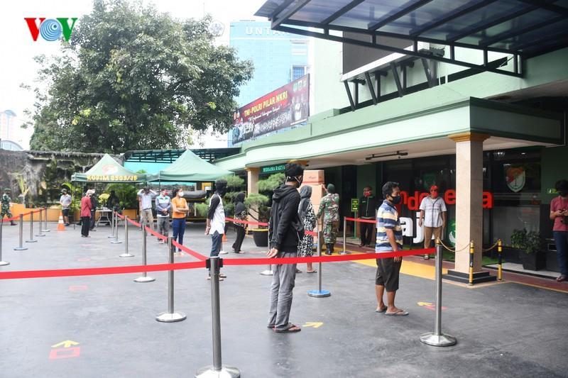 Giống Việt Nam, Indonesia triển khai 'ATM gạo' cho người nghèo - Ảnh 2.
