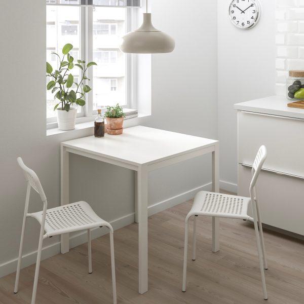 Phòng bếp đẹp rạng ngời nhờ 6 mẫu thiết kế ghế nổi bật được các chuyên gia nước ngoài bình chọn, soi giá bán tại Việt Nam không quá đắt - Ảnh 5.
