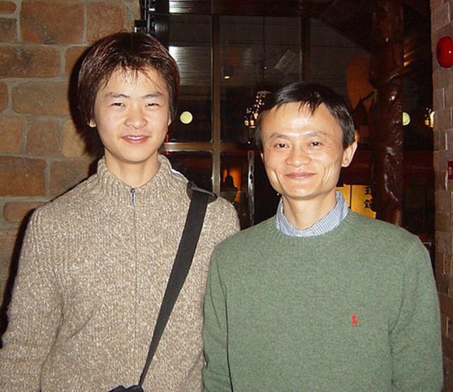 Khổ như con trai tỷ phú Jack Ma: Bị bố mẹ bỏ bê, đến khi nghiện game nặng mới được bố ra tay dạy dỗ phen nhớ đời như này - Ảnh 4.