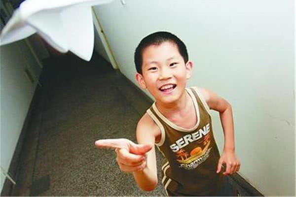 10 tuổi đã vào đại học, trở thành thần đồng, niềm tự hào của cả nhà nhưng cuối cùng bố mẹ phải hối hận vì đã nuôi dạy con thiếu sót - Ảnh 5.