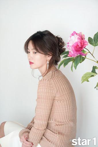 """Những lý do cho thấy thông tin Song Hye Kyo - Hyun Bin tái hợp chỉ là chuyện hoàn toàn không có khả năng, rốt cuộc cũng chỉ là """"người cũ từng thương"""" mà thôi - Ảnh 2."""