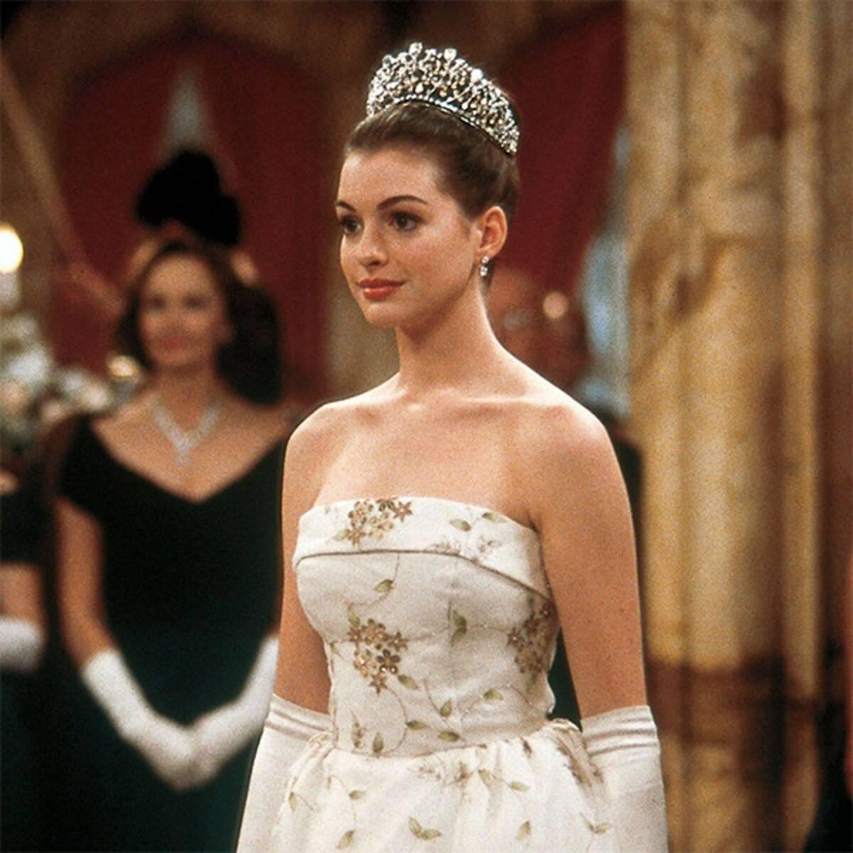 """""""Cựu công chúa Disney"""" Anne Hathaway và lịch sử tình trường đáng nể: Từng muối mặt phải trả lại trang sức đắt tiền vì bạn trai lừa đảo chiếm đoạt tiền của cựu Tổng thống Mỹ - Ảnh 2."""