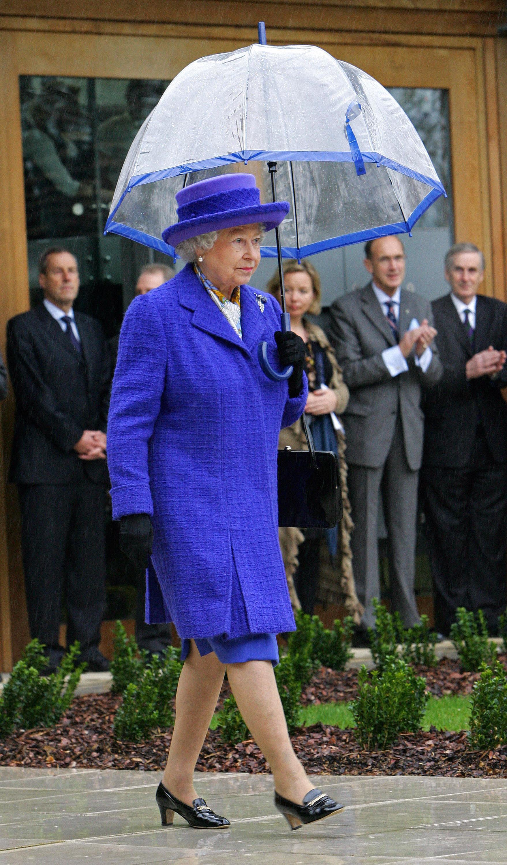 """NTK """"ruột"""" bật mí bí mật nhan sắc của Nữ hoàng Anh: Không bao giờ để người khác động chạm vào da, chỉ ưng duy nhất tuýp kem dưỡng ẩm 600k - Ảnh 2."""