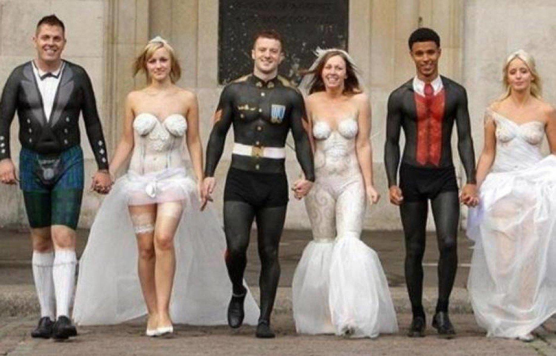 """Tuyển tập những bộ váy cưới """"độc - dị"""" khó cảm, có những pha còn khiến dân tình ngán ngẩm - Ảnh 5."""