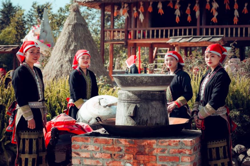 Ngắm thung lũng hoa hồng tuyệt đẹp nhận kỷ lục lớn nhất Việt Nam - Ảnh 9.