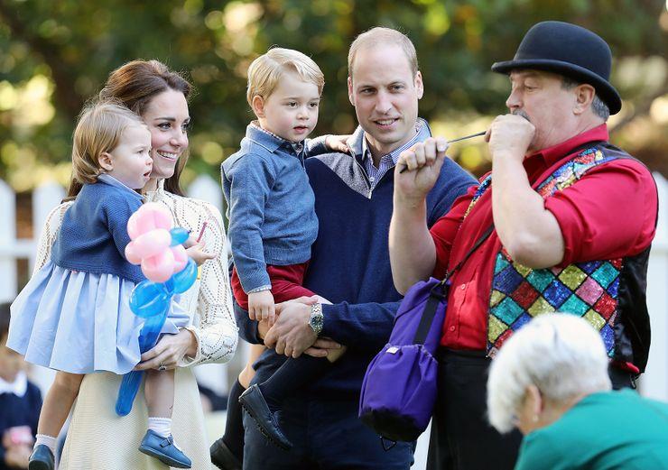 Hé lộ bí quyết nuôi dạy con hoàng gia của Công nương Kate Middleton mà bố mẹ nào cũng ước giá như mình biết được sớm hơn - Ảnh 2.