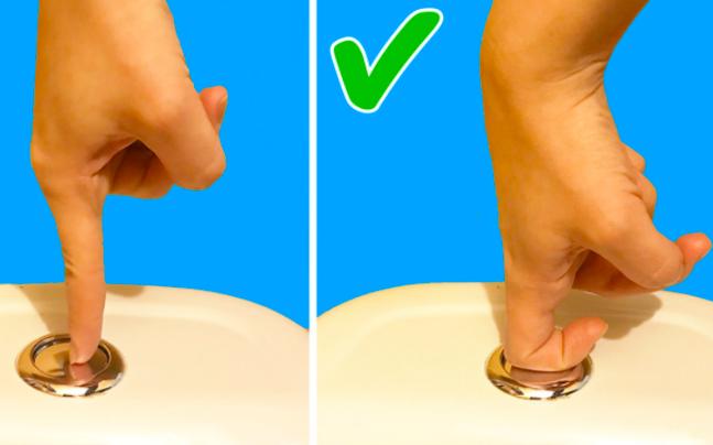 10 thói quen ít biết trong phòng tắm lại gây ra hàng loạt các căn bệnh