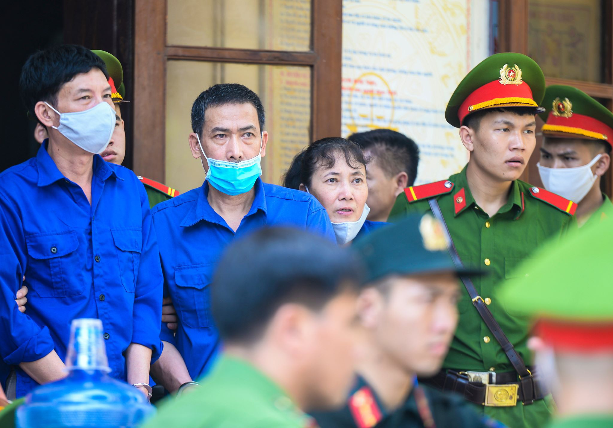 Xét xử gian lận thi cử tại Sơn La: Cựu Phó Phòng PA03 khai không có nhận thức gì khi được nhờ xem điểm - Ảnh 5.