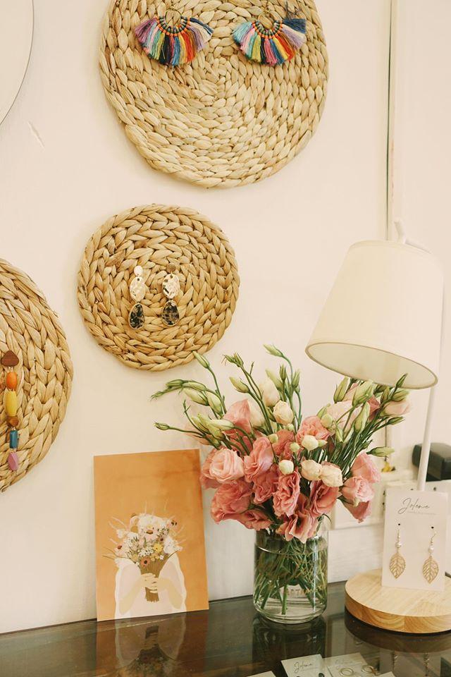 Làm mới ngôi nhà với phong cách đồng quê, thân thiện với môi trường bằng những đồ decor từ cói - Ảnh 5.