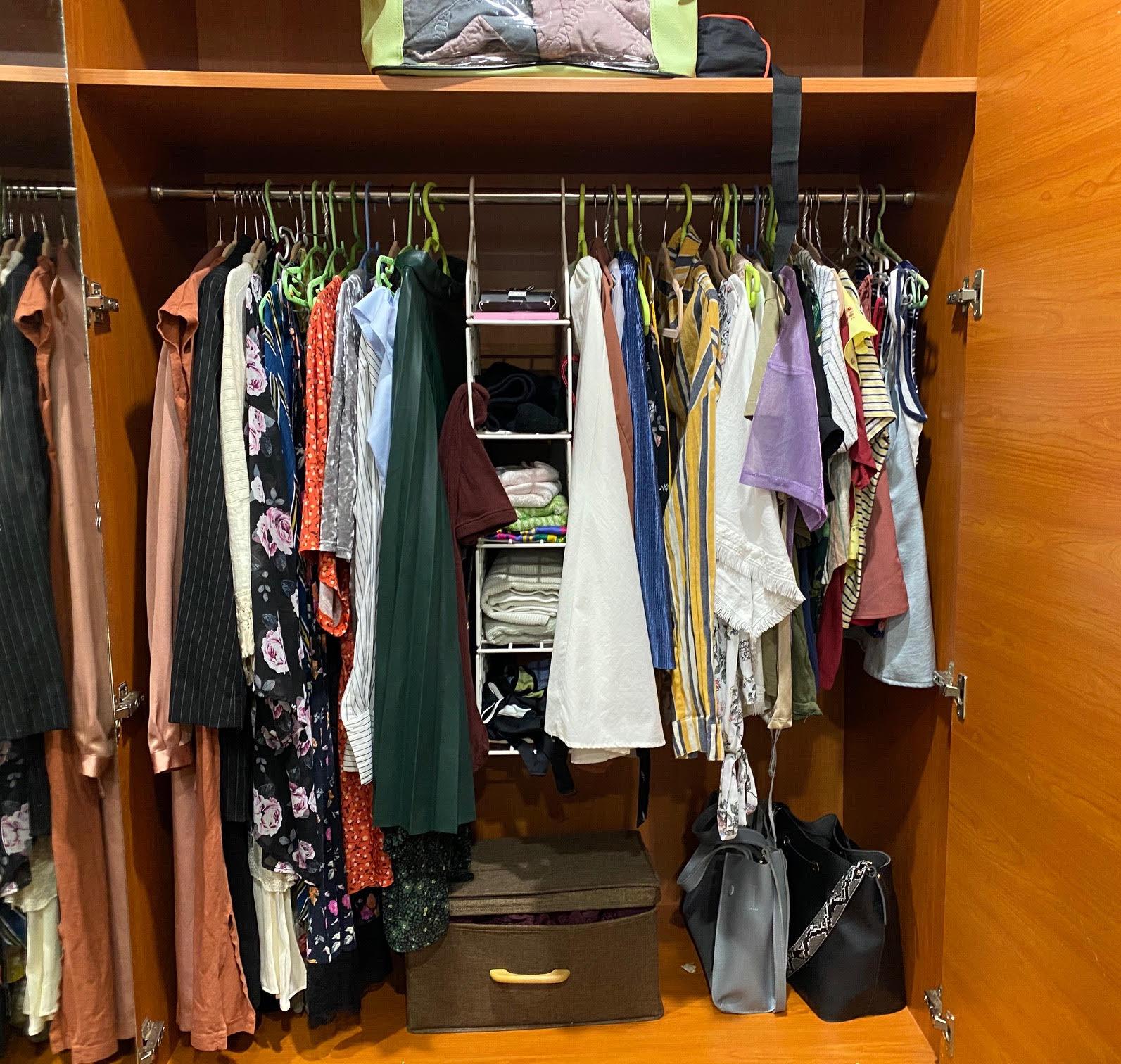 Có nên tối giản tủ quần áo, chia sẻ của cô gái trẻ mê thời trang tại Sài Gòn sẽ đánh thức chuyện dọn dẹp mà lâu nay nhiều chị em vẫn thường làm lơ - Ảnh 8.