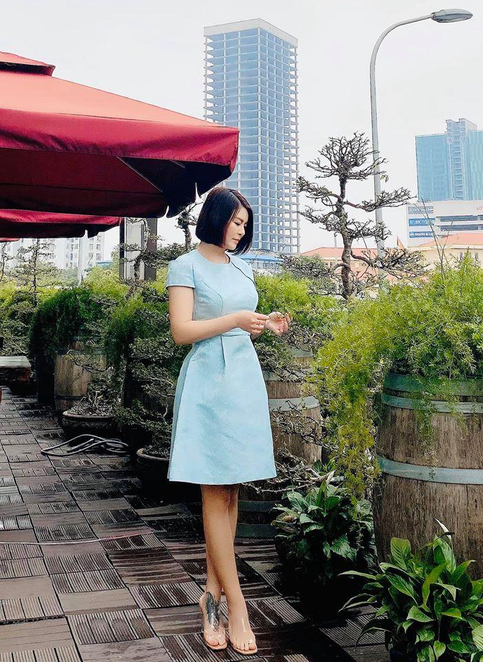 """Màn """"lột xác"""" của Hồng Diễm còn chưa là gì so với Kim Oanh: Style bị dìm quá thể đáng khi lên hình, ngoài đời lại trẻ trung hết xảy - Ảnh 7."""