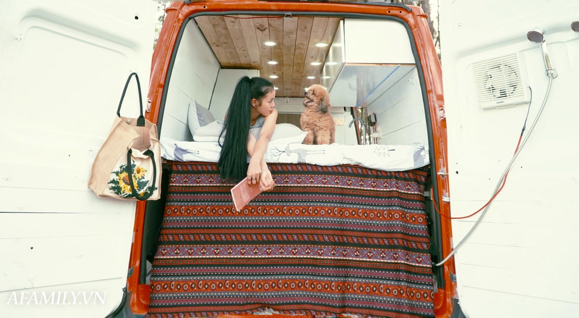 Đôi vợ chồng bỏ 120 triệu đồng mua ô tô cũ về làm thành ngôi nhà di động với đầy đủ bếp núc, phòng ngủ rồi chở con đi du lịch khắp Việt Nam! - Ảnh 8.