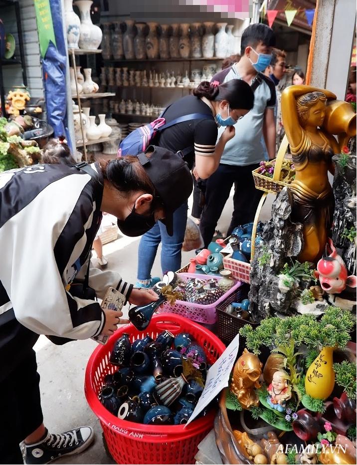 Kinh nghiệm chọn mua đồ gốm sứ Bát Tràng để mười mẫu thì an toàn và chất lượng cả mười - Ảnh 6.