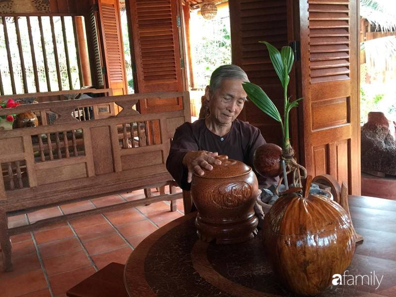 Ngôi nhà làm từ 4000 trái dừa có chi phí xây dựng lên đến 6 tỉ và tâm nguyện của chủ nhà khiến ai cũng bất ngờ - Ảnh 7.