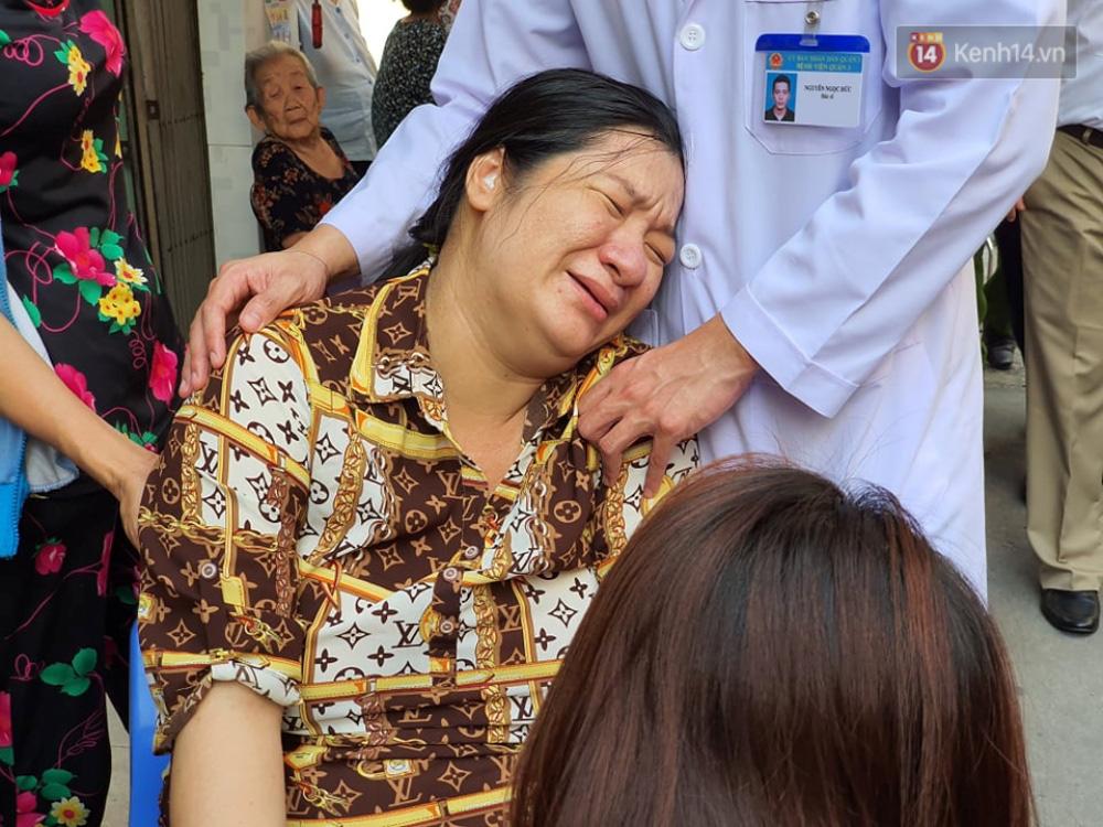 Trước khi qua đời tại bệnh viện vì bị cây đè trúng, nam sinh lớp 6 vẫn gắng gượng thì thào với thầy cô Em không có sao - Ảnh 3.