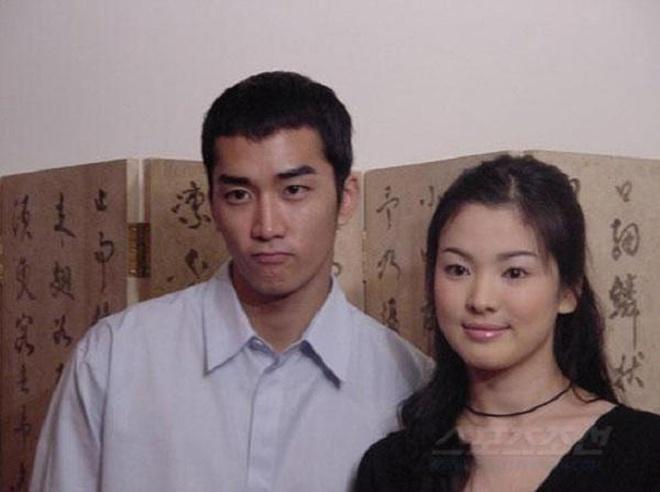 Loạt ảnh hiếm hoi thời Song Hye Kyo nặng 70kg: Vóc dáng mũm mĩm, makeup và tóc tai còn dừ hơn cả hiện tại - Ảnh 8.