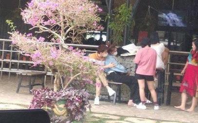 HOT: Ninh Dương Lan Ngọc lộ ảnh ôm ấp thân mật Chi Dân tại Đà Lạt