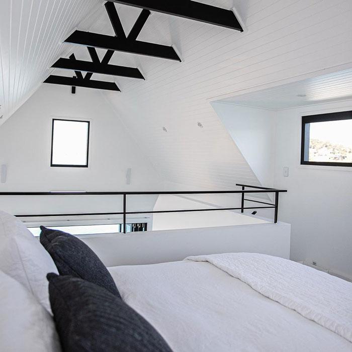 Ngôi nhà nổi trên nước sử dụng năng lượng mặt trời  - Ảnh 5.