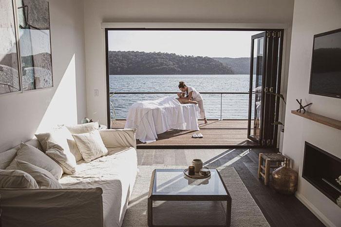 Ngôi nhà nổi trên nước sử dụng năng lượng mặt trời  - Ảnh 6.