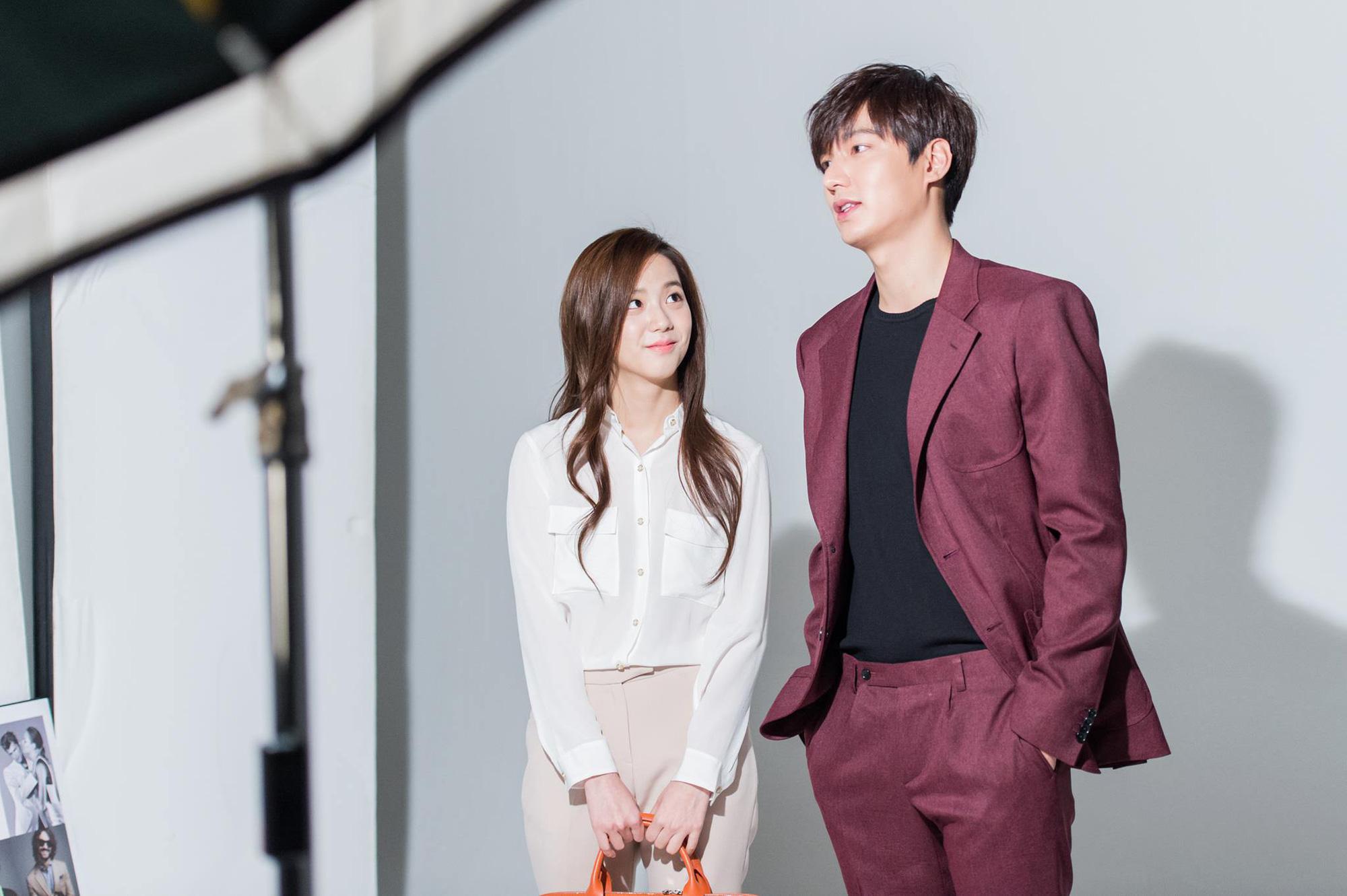 """Jisoo quả là """"đẹp từ trong trứng nước"""", loạt ảnh thời trang từ thuở trước khi debut cũng đủ sức gây bão mạng xã hội - Ảnh 3."""