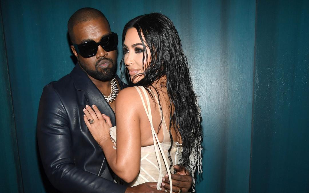 """Cựu vệ sĩ tiết lộ thói xấu của Kanye West - ông chồng """"lắm tài nhiều tật"""" nhà Kim """"siêu vòng 3"""": Anh ta là nghệ sĩ keo kiệt và tệ nhất mà tôi từng làm việc chung"""