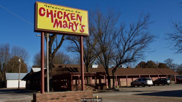 Hai người phụ nữ trắng tay bị hoàn cảnh đưa đẩy, phải trở thành trụ cột gia đình và xây dựng nên đến chế gà rán nổi tiếng ở Mỹ - Ảnh 4.
