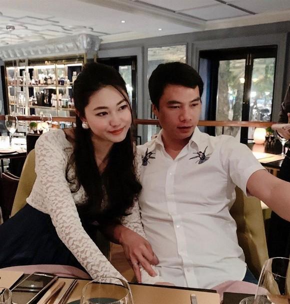 """Á hậu Thanh Tú khoe được chồng chụp ảnh diện bikini, kết quả nhận về thật """"dở khóc, dở cười"""" - Ảnh 2."""