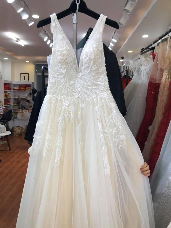 Váy cưới thanh lý chỉ 200 ngàn đến 1,5 triệu/chiếc, cô dâu Việt thích thú order nhằm tiết kiệm 1 khoản ngày cưới - Ảnh 5.