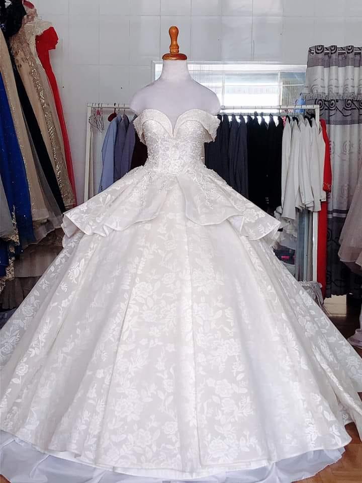 Váy cưới thanh lý chỉ 200 ngàn đến 1,5 triệu/chiếc, cô dâu Việt thích thú order nhằm tiết kiệm 1 khoản ngày cưới - Ảnh 6.