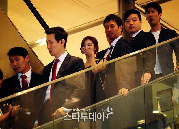 """Bae Yong Joon: Quá khứ nghèo khổ, bị giới hào môn chối bỏ rồi thành """"ông hoàng Kbiz"""" hô biến mỹ nhân """"Vườn sao băng"""" thành bà hoàng - Ảnh 16."""
