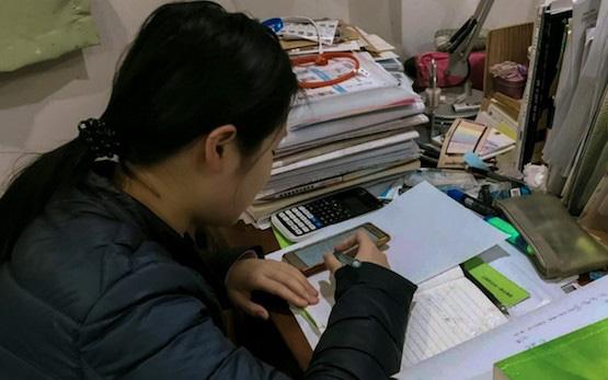 Thầy Toán nổi tiếng bị tố giúp học sinh gian lận trong kỳ thi thử của Sở GD-ĐT Hà Nội