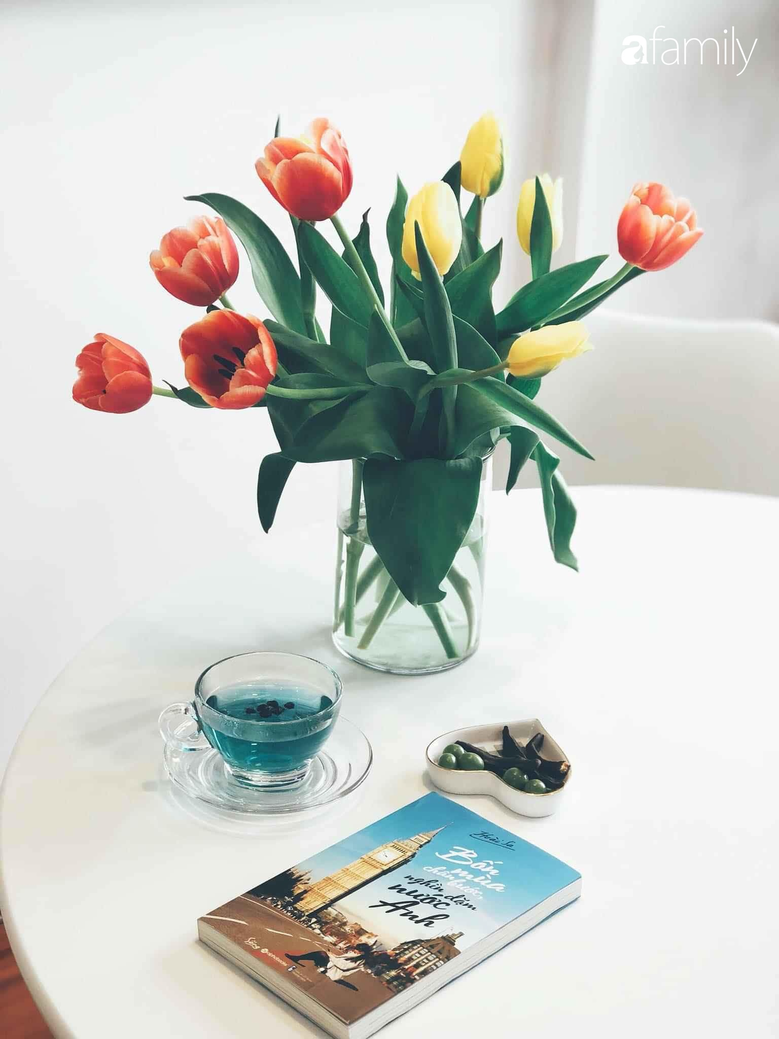 Bí quyết decor căn hộ 60m² luôn ngọt ngào và thoảng nhẹ hương thơm dịu dàng ở Hà Nội - Ảnh 9.