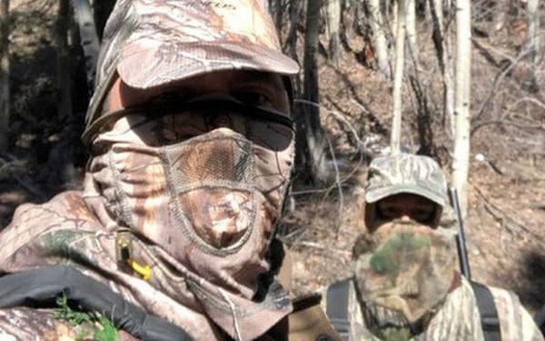 Covid-19: Sợ thiếu thịt, người Mỹ tăng cường vào rừng săn bắn - Ảnh 1.