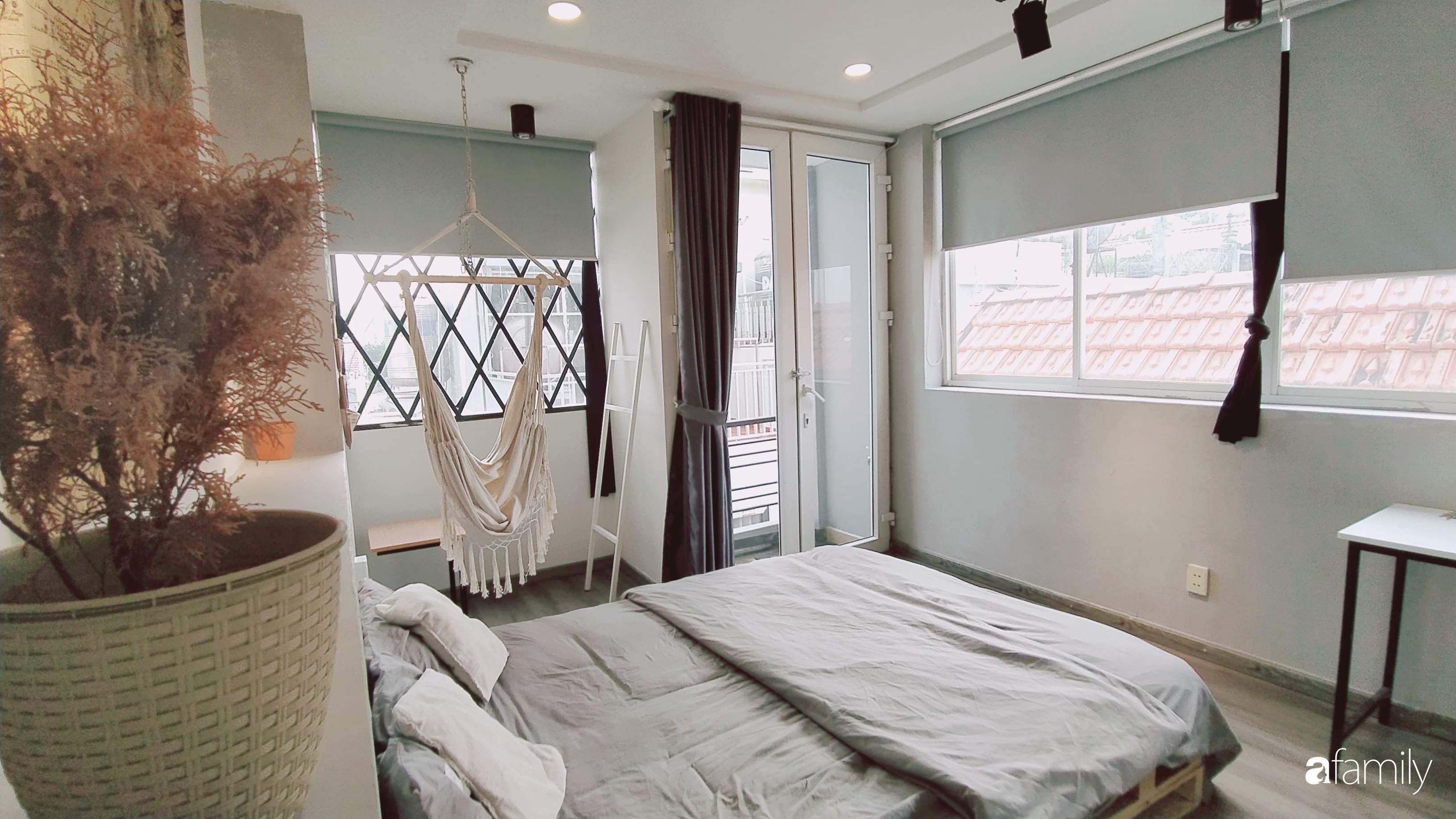 Chi 20 triệu đồng, sân thượng tầng 4 trở thành không gian sống tiện ích, nhiều ánh sáng tự nhiên ở quận 1, Sài Gòn - Ảnh 16.
