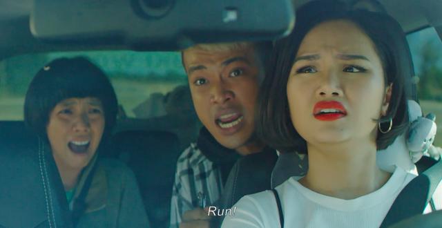 """Phim Việt về tình mẹ không thể bỏ qua: Thu Trang làm mẹ khờ nuôi con, Trương Ngọc Ánh gây sửng sốt với """"Áo lụa Hà Đông""""  - Ảnh 7."""