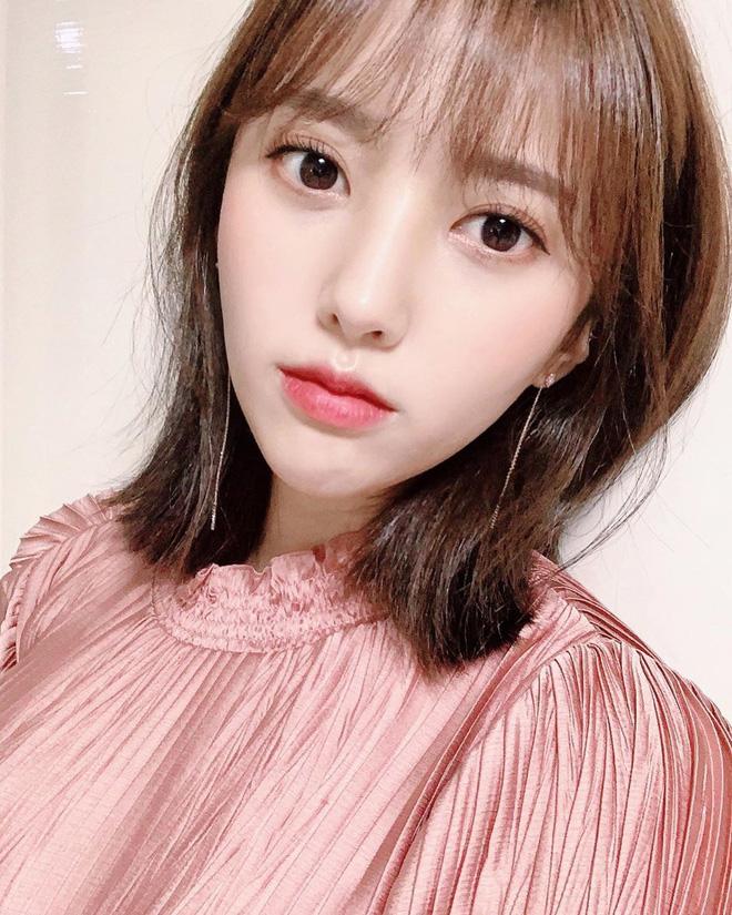 Nữ idol vô danh 2 lần debut nhưng vẫn thất bại, ai dè nổi sau 1 đêm chỉ nhờ màn thoát xác từ 'cute' sang bốc lửa - Ảnh 3.