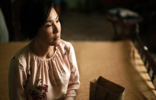 """Phim Việt về tình mẹ không thể bỏ qua: Thu Trang làm mẹ khờ nuôi con, Trương Ngọc Ánh gây sửng sốt với """"Áo lụa Hà Đông""""  - Ảnh 13."""