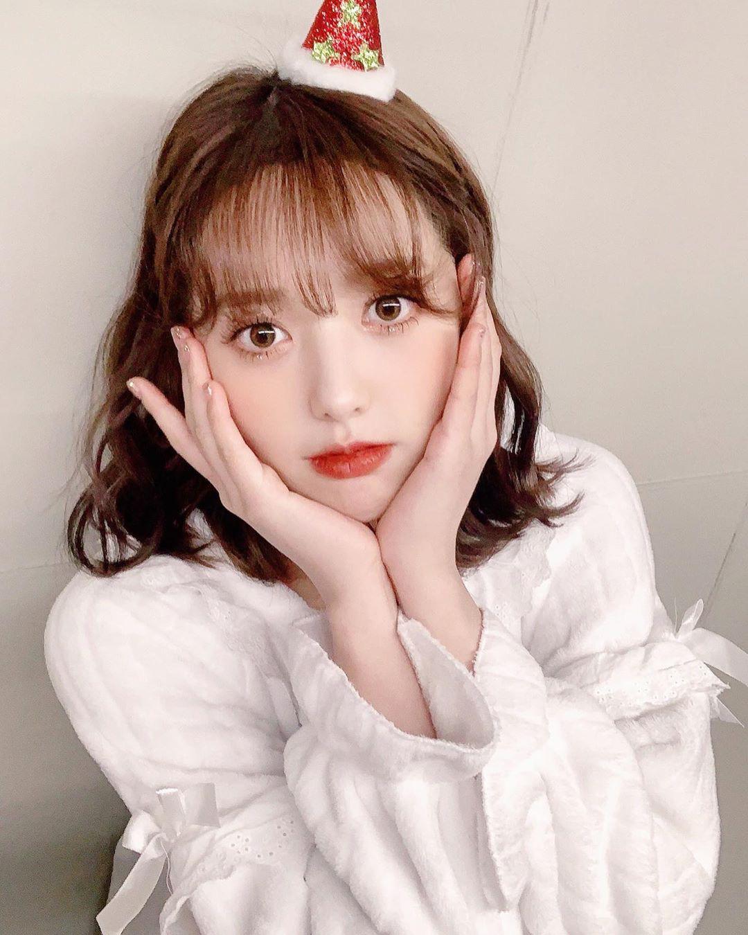 Nữ idol vô danh 2 lần debut nhưng vẫn thất bại, ai dè nổi sau 1 đêm chỉ nhờ màn thoát xác từ 'cute' sang bốc lửa - Ảnh 9.
