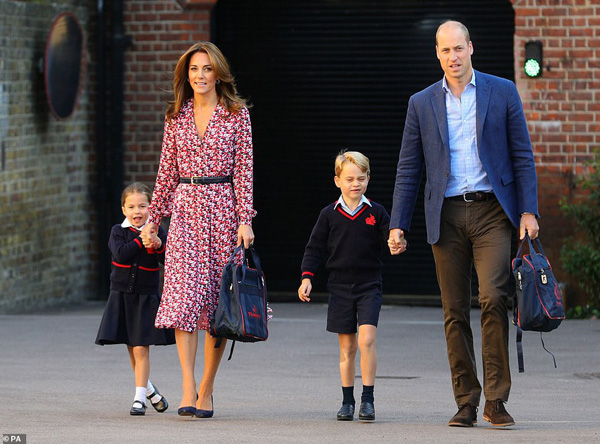 Công nương Kate - người mẹ đặc biệt của hoàng gia, dạy 3 người con theo cách của riêng mình - Ảnh 3.
