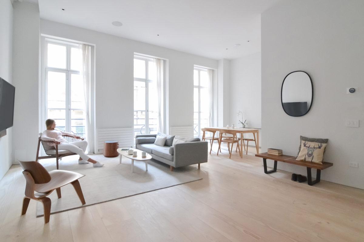 """Dành cho ai có cuộc sống xô bồ, bận rộn: Một không gian sống kết hợp từ bộ đôi """"Scandinavia và sự tối giản của người Nhật"""" sẽ khiến bạn phải vỗ tay hài lòng - Ảnh 2."""