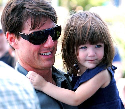Cô con gái bị tài tử Tom Cruise bỏ rơi ngày ấy: Từ công chúa hóa Lọ Lem, nhưng giờ được cả thế giới ngợi khen vì 1 điều - Ảnh 4.