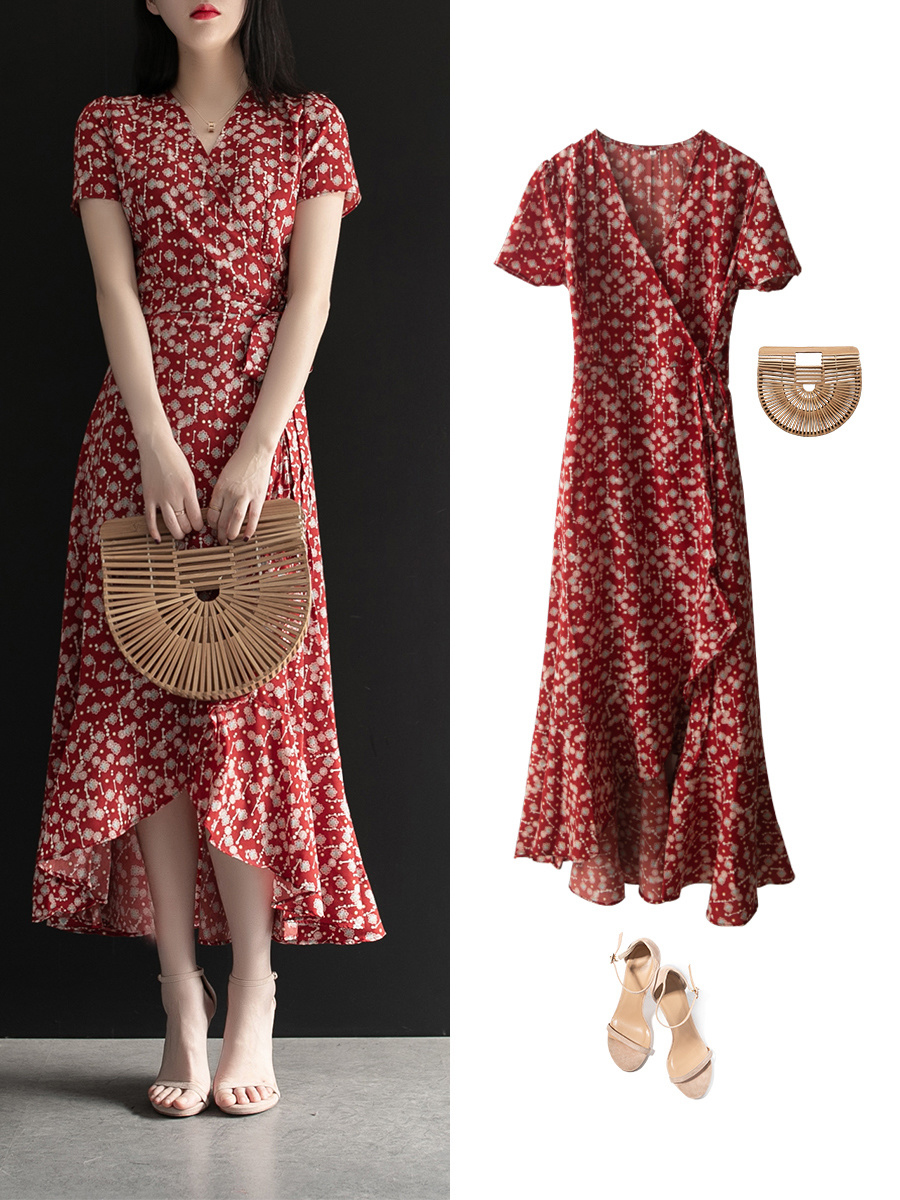 Diện váy liền họa tiết hoa rất dễ già đi, nhưng biết vài tips sau thì đảm bảo luôn trẻ xinh lung linh  - Ảnh 9.