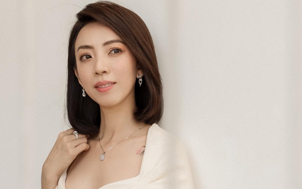 Thu Trang đẹp dịu dàng, bật cười khi con trai thân thiết với con gái Đoan Trang