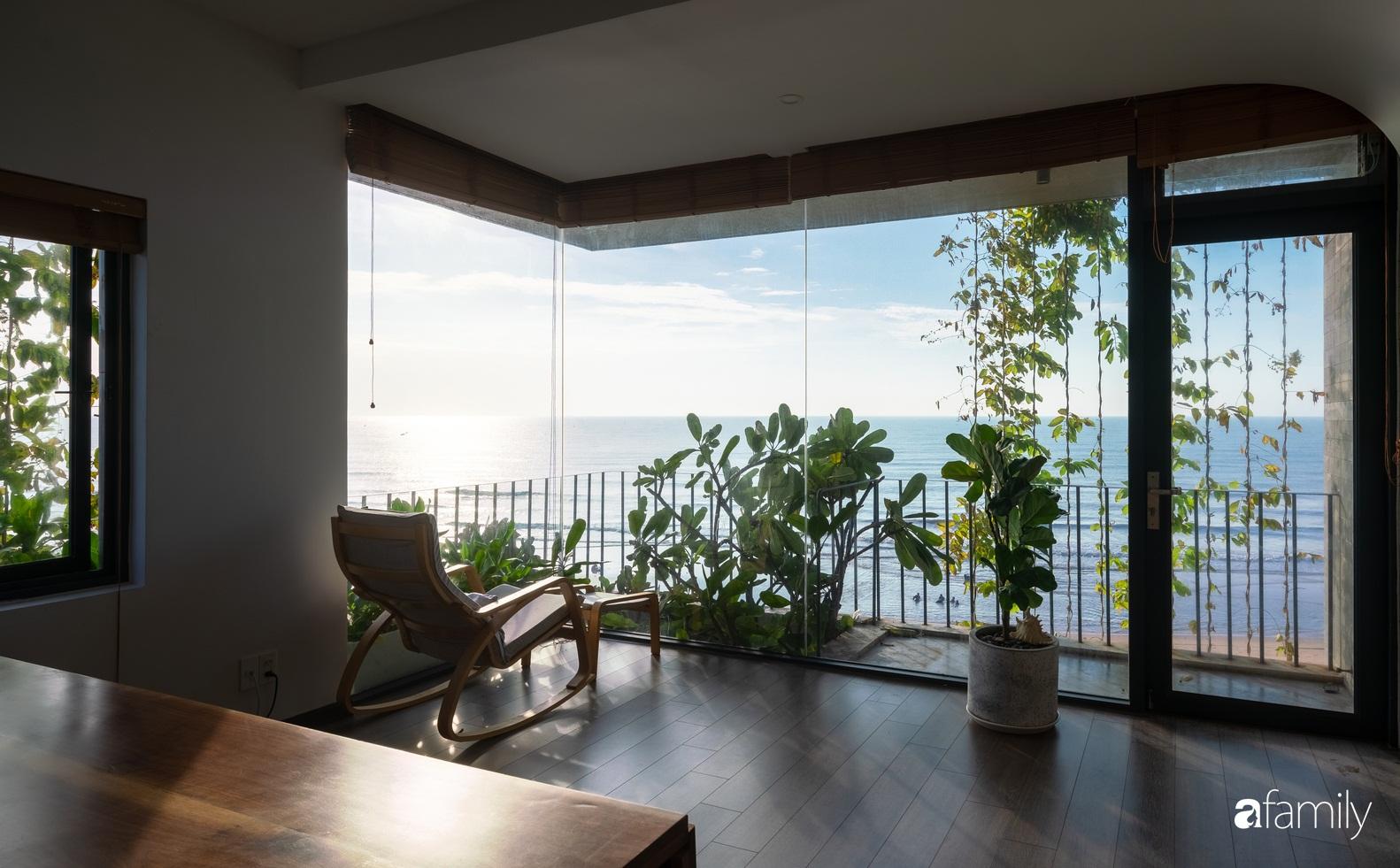 Ngôi nhà 3 tầng view biển Vũng Tàu với thiết kế mang ánh sáng và cây xanh đến từng góc nhỏ - Ảnh 8.