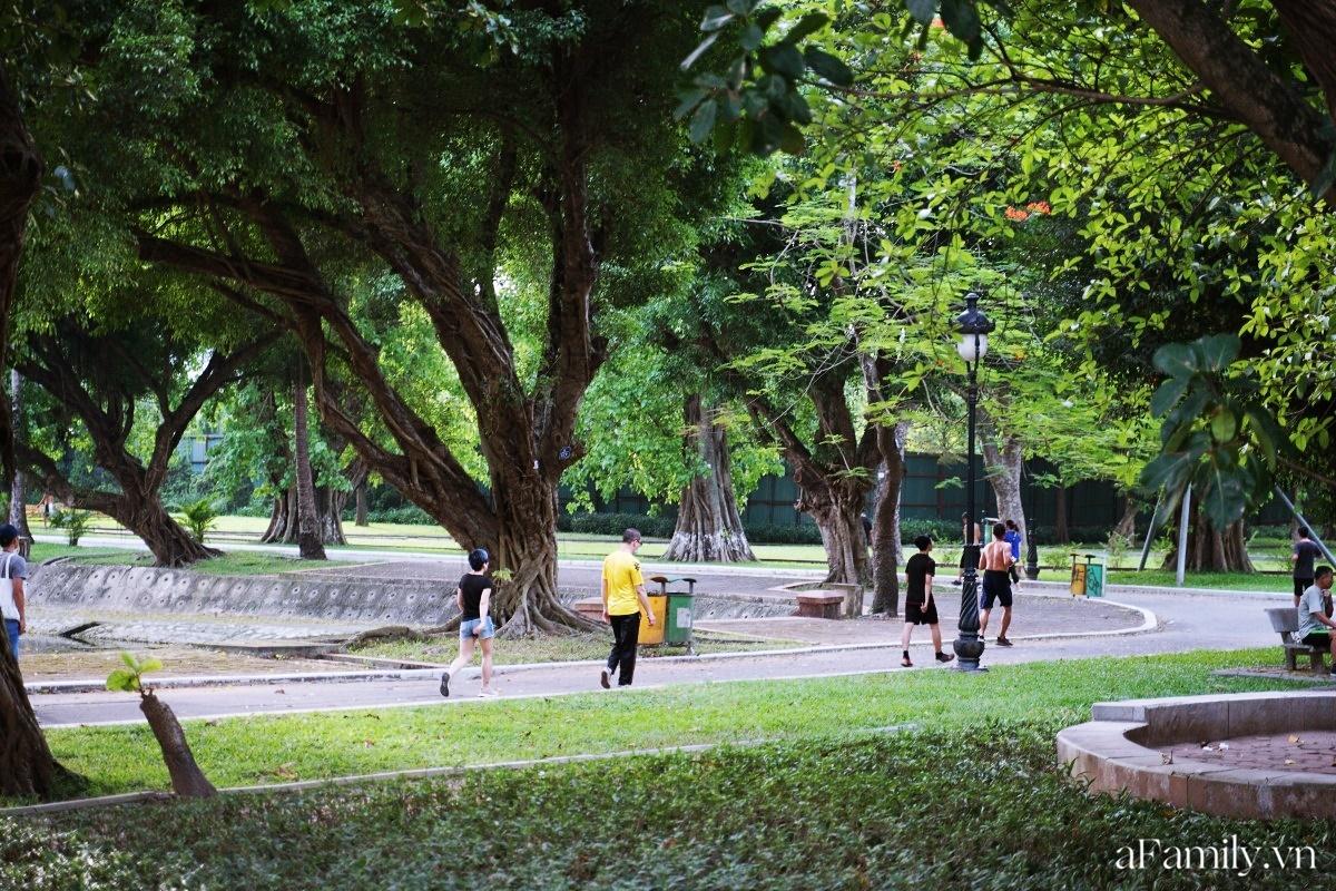 4000 đồng cho tour du lịch hè độc đáo ngay giữa thủ đô ở một công viên lâu đời vừa có đảo, vừa có rừng cây xanh, hồ cá trong lành - Ảnh 8.