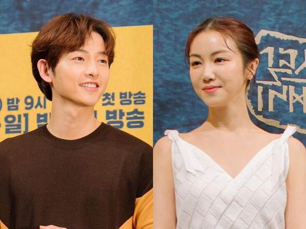 Ẩn tình nào phía sau thay đổi khó hiểu của Song Joong Ki - Song Hye Kyo trong việc phản ứng trước tin đồn hẹn hò hậu ly hôn: Hé lộ sự thật ai là kẻ ngoại tình?  - Ảnh 1.